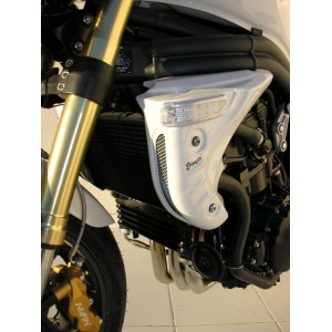 Thundercat Undertray on Triumph Speed Triple 1050 05 09 Radiator Shrouds Painted Jet Black